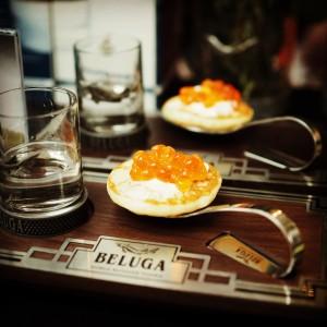 Kaviar und Blinis bei Beluga Wodka