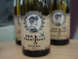 Der Praktikant - Riesling von Rockabilly Weinkult