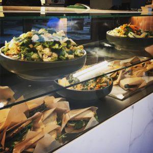 Köstliche Salate und mehr